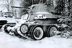 Танк БТ-7 под Москвой 1941 год