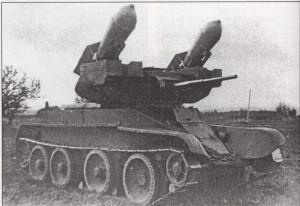 Танк БТ-5 с 250кг торпедами