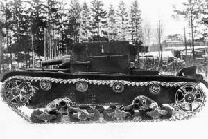 артиллерийский танк (САУ) АТ-1 на полигонных испытаниях