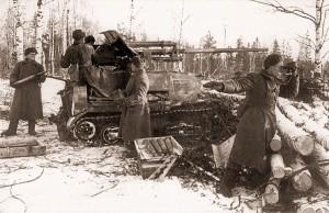 ЗИС-30 на боевой позиции