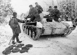 танк Т-40 под Москвой декабрь 1941
