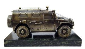 "модель бронеавтомобиля ""Тигр"""