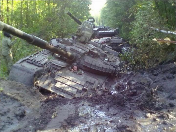 1378839536_tanks-002.jpg