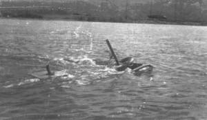 Т-26 ПХ выходит на берег